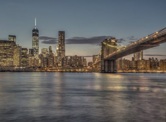 New York City luxury hotel deals save up to 40% on top Manhattan accommodations