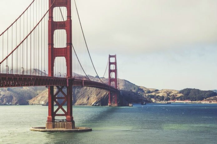 Save at Memorial Day weekend luxury yacht cruise San Francisco