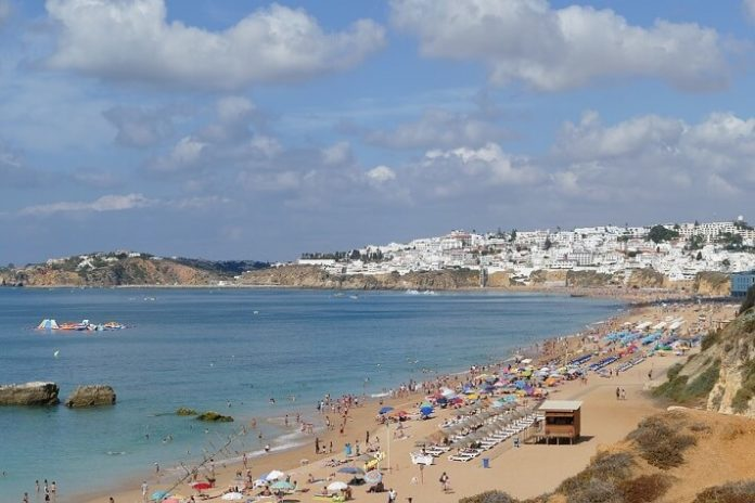Top 10 Albufeira Portugal luxury hotels with best customer reviews