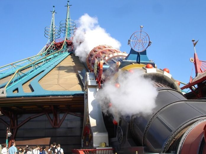 Flash sale book return flight from Dublin to Paris Disneyland Paris hotel stay & theme park tickets