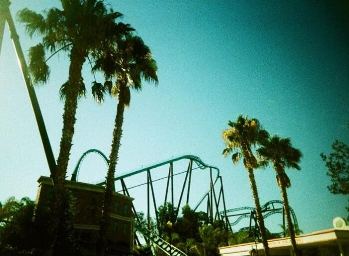 Six Flags Magic Mountain theme park discounted tickets LA California
