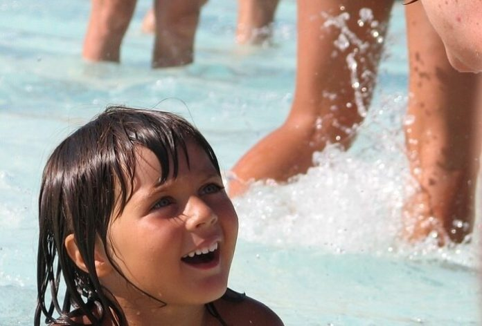 Discounted admission to Wet N Wild Phoenix Arizona