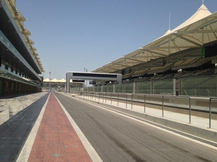 Etihad Holidays F1 Offer Abu Dhabi race tickets return flight from UK hotel