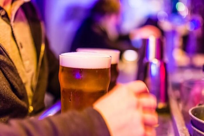 Discount price for Paris France pub crawl