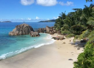 Cheap return flights from Dublin to Seychelles, Maldives, Australia, India, Singapore, Hong Kong
