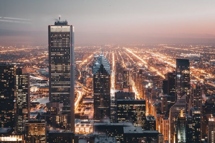 Save over $100 on Chicago attractions like observation deck & fashion outlets by staying at Hilton hotels
