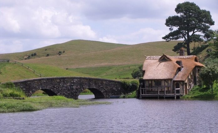 New Zealand sweepstakes see Hobbiton art deco tour Moring Kayak Donuts Island