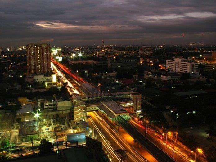 Quezon City Philippines hotel deals 3-4 star hotels under $100