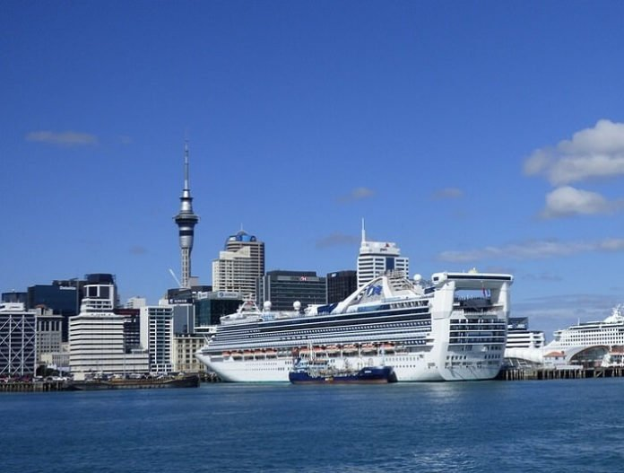 Discounted cruises from Sydney in Tasmania, New Zealand & Fiji