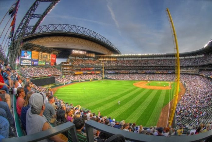 How to get discounted tickets to Seattle Mariners baseball game