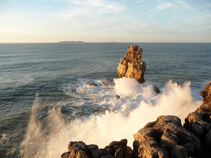 Discounted nightly rates for 4 & 5 Star Hotels in Peniche, Portugal