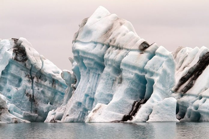 Discount price for Jokulsarlon Glacier Lagoon Boat Tour out of Reykjavik Iceland