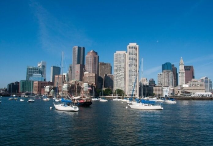 Save money on Labor Day yacht party cruise in Boston harbor
