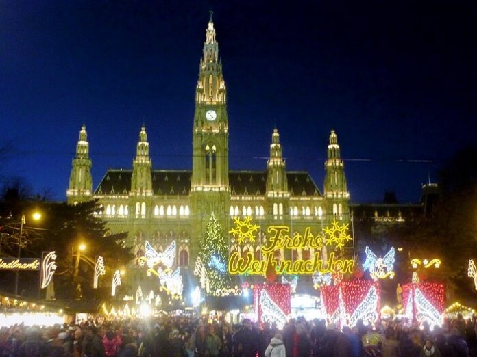 Enjoy Danube River Christmas cruise see Christmas markets of Vienna, Bratislava & Budapest