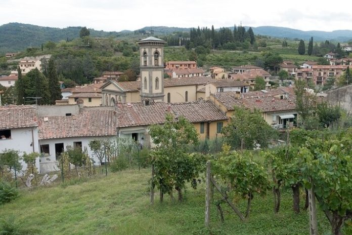 Save money & see Tuscany Italy in 1 day with Florence walking tour & wine tasting