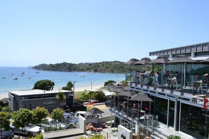 Top 7 Waiheke Island hotels enjoy beach holiday