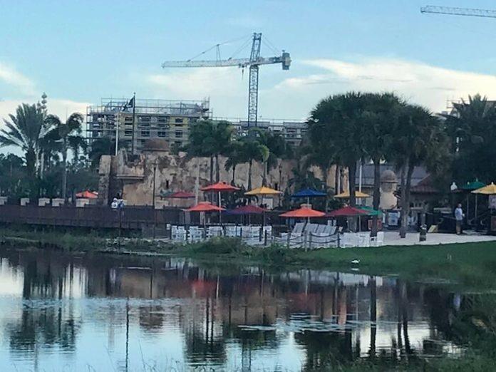 Should you stay at Caribbean Beach at Walt Disney World Resort during 2018 refurbishments