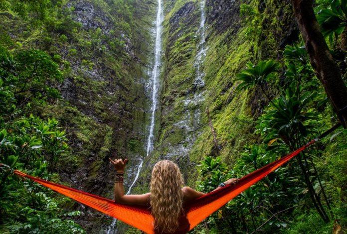 Hallowaiian sweepstakes win airfare to Oahu hotel