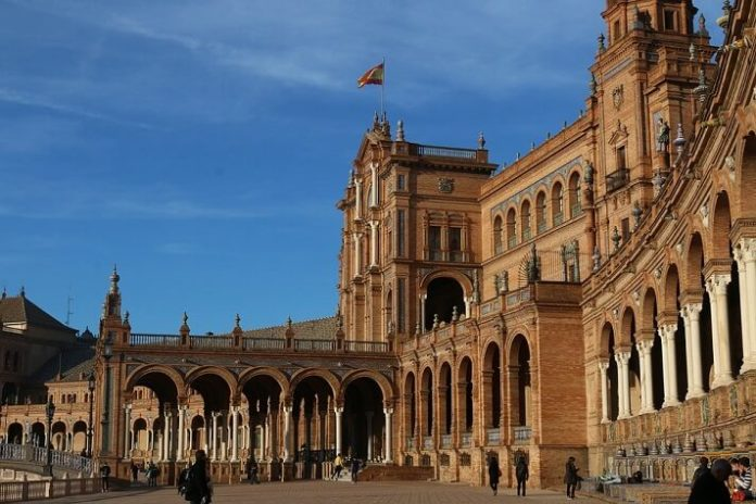 Seville Spain city sightseeing bus tour discount code
