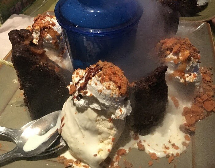 Get A Free Dessert At T Rex Or Rainforest Cafe At Disney