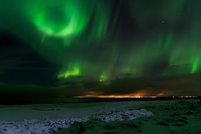 Win flight to Iceland hotel stay Northern Lights