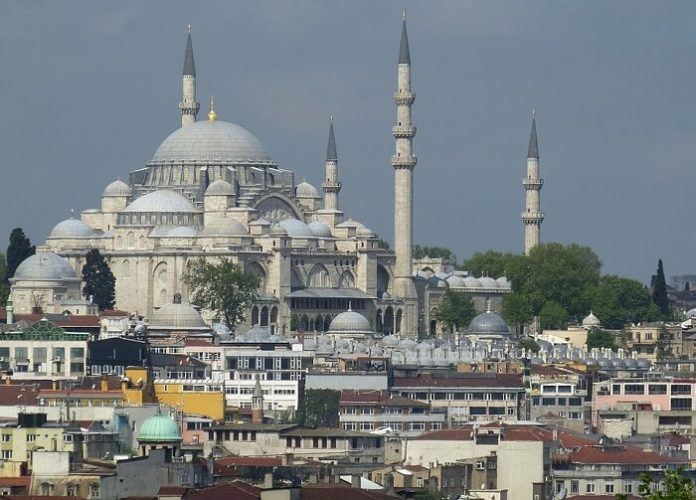 Best 10 luxury Istanbul Turkey hotel deals