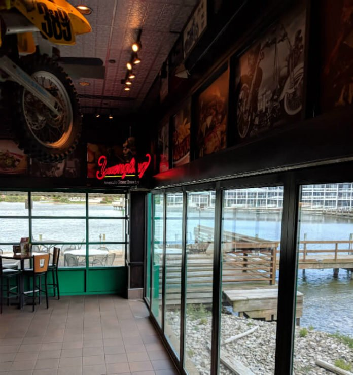 inside Quaker Steak & Lube Sandusky with water views of the bay