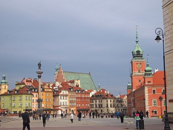 Promotional code for Warsaw Poland hop-on, hop-off bus tour