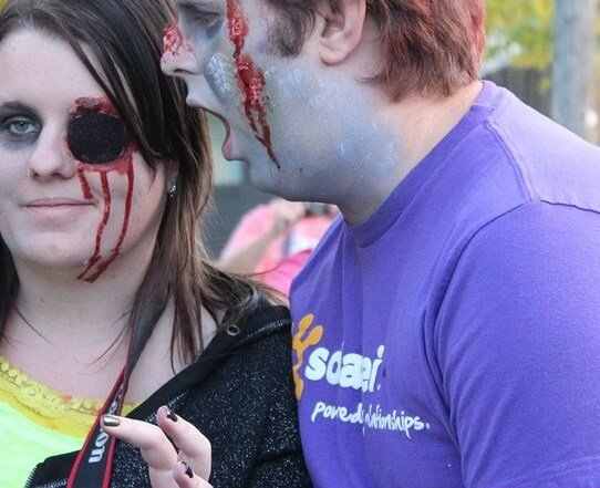 Discount admission to Zombie 5k race in Houston Texas