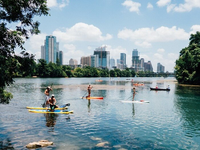 Search hundreds of travel sites at once for hotels in Austin