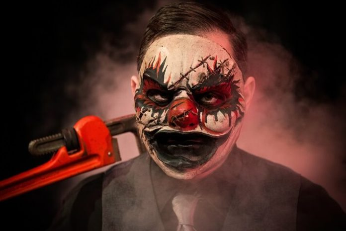 Discount ticket to Kennywood's Phantom Fright Nights in Pittsburgh Pennsylvania