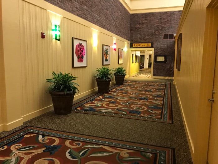 You can see the horse racing theming throughout the halls of Saratoga Springs Disney World