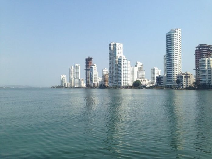 Last minute cruise deals out of Miami see Colombia, Jamaica, Bahamas, Mexico