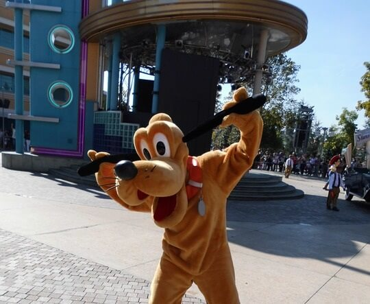 Walt Disney Travel company deal 30% off luxury on-site hotel & Disneyland Paris theme park tickets