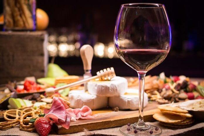 Discount price for food & wine tasting pairings in Los Angeles California