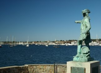 How to save money on luxury Newport Rhode Island hotels