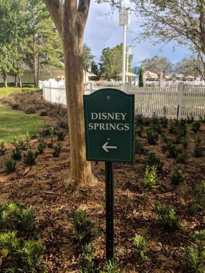 Disney Springs sign outside Saratoga Springs Resort hotel