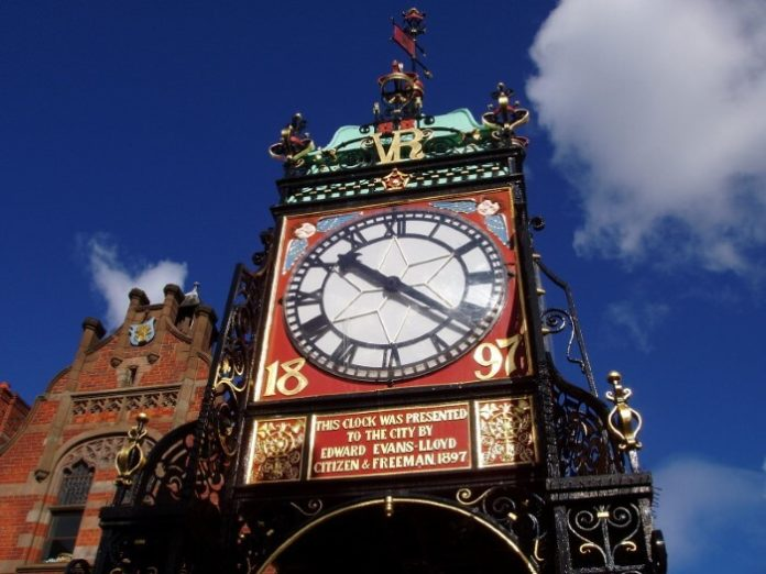 10% off Chester CHristmas market day trip from London