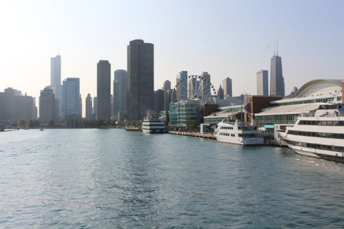 $24 off New Year's Eve cruise in Chicago great for families with kids