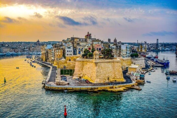 Luxury travel advice which 5-star resort to stay in during Malta holiday