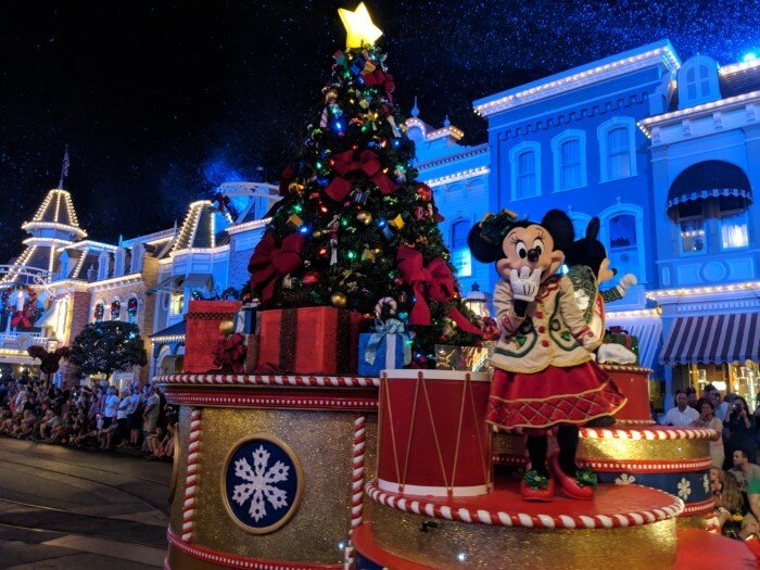 Very Merry Christmas Party.85 Reasons Why Mickey S Very Merry Christmas Party Is Worth