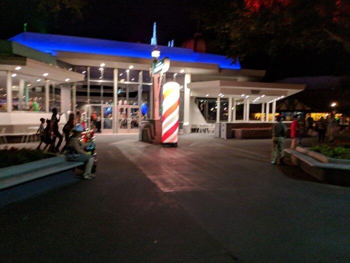 How to get free holiday treats at Magic Kingdom Walt Disney World