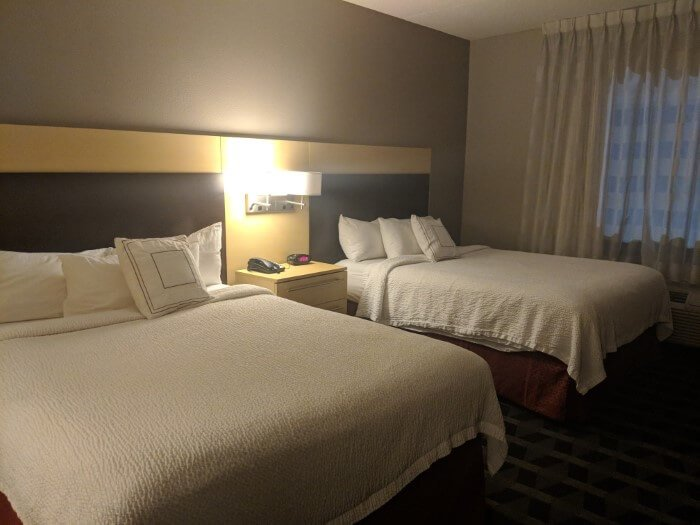 Choose where you stay in Mooresville NC & get rooms with comfy beds