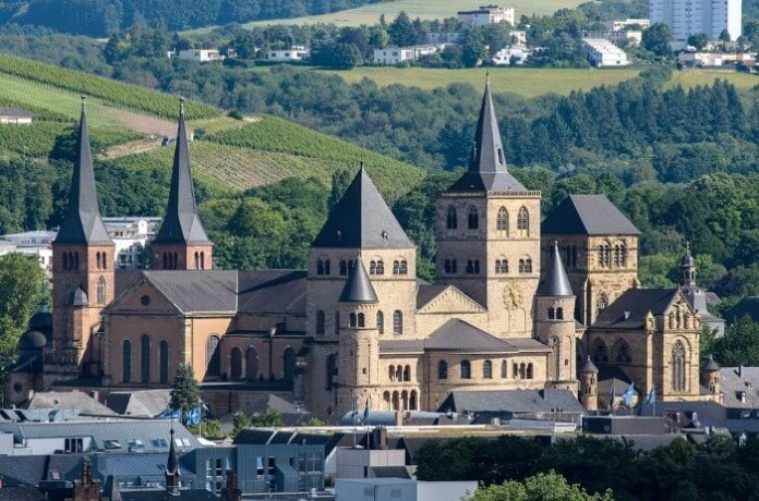 Where to stay in Trier Germany travel tips