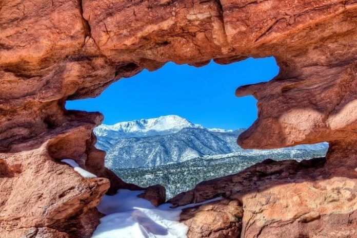 Best luxury hotels in Colorado Springs visit Garden of the Gods Pike National Park