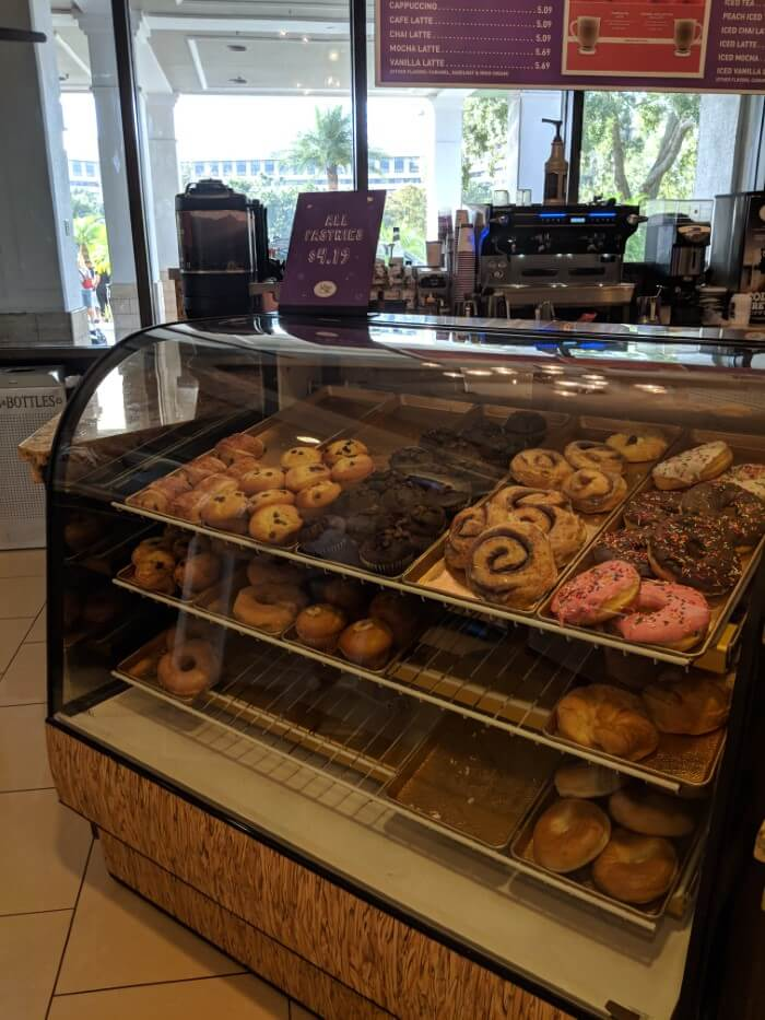 How to get quick breakfast food at Disney World hotel