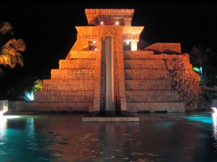 5 great NYE parties for all ages for family trip to Atlantis Bahamas