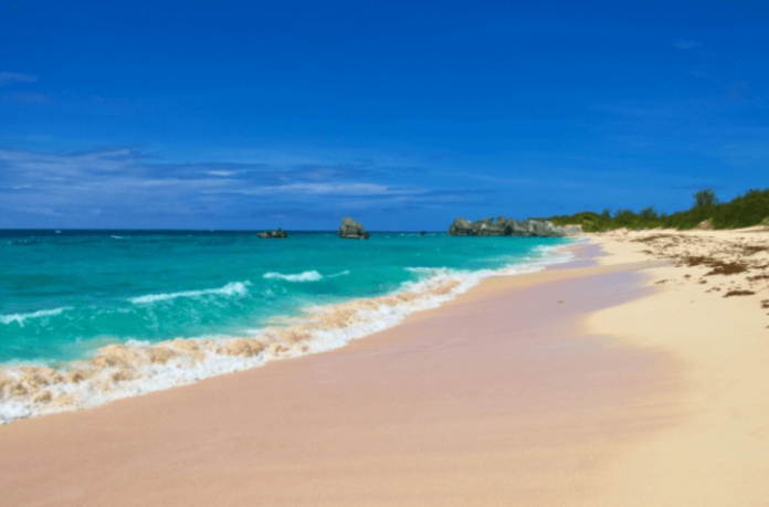 How to save money on Bermuda hotels