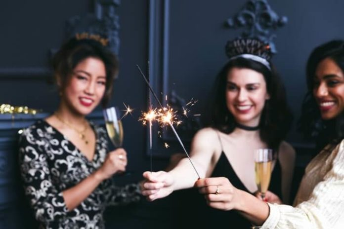 How to spend New Year's Eve in san Diego: yacht parties, bar crawls, etc.