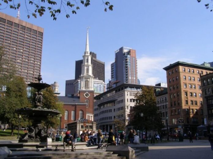 Winter sale for Boston Old Town Trolley Tour up to $81 off per person
